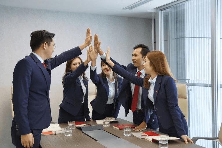 tiêu chí đánh giá công ty chứng khoán